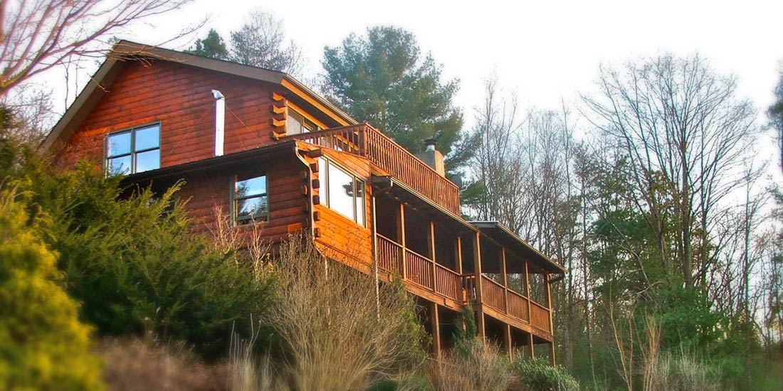 Avondale Cabin Rental exterior Asheville Mountain Cabin