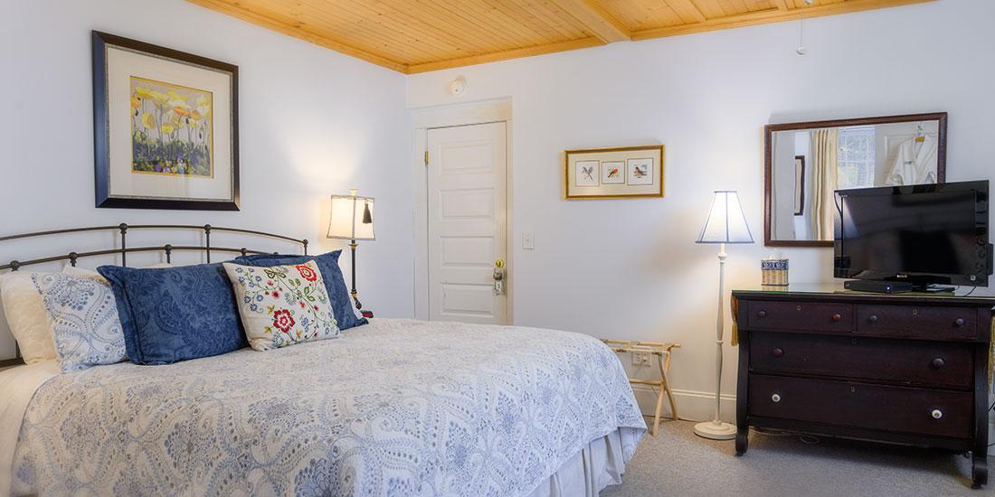 Blue Ridge Room bed
