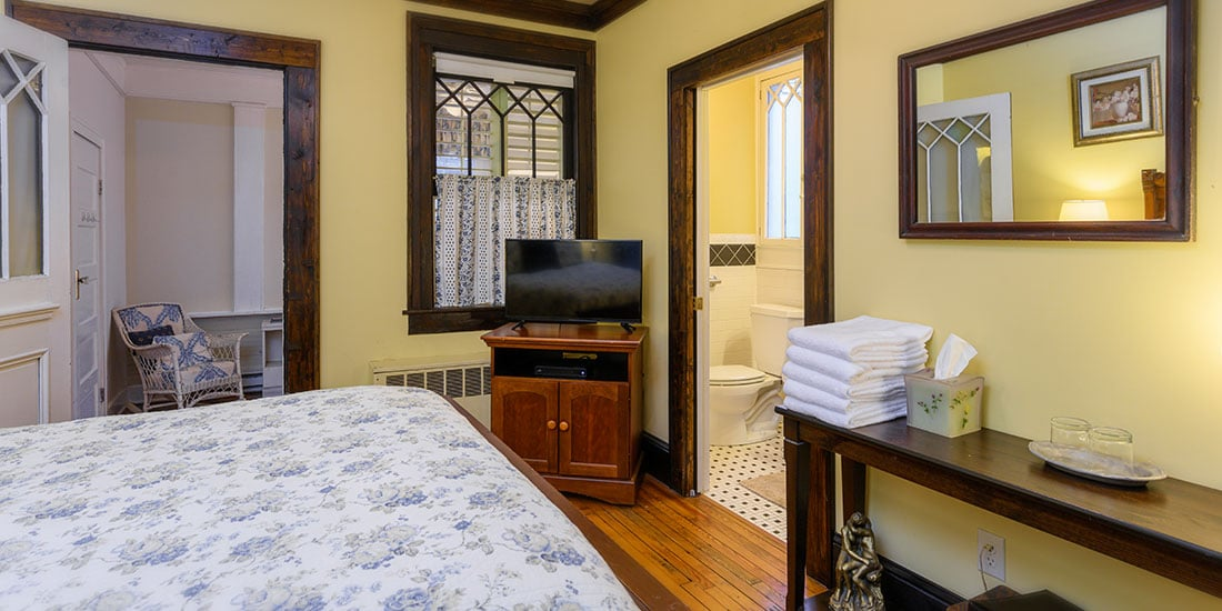 Dogwood Suite bedroom